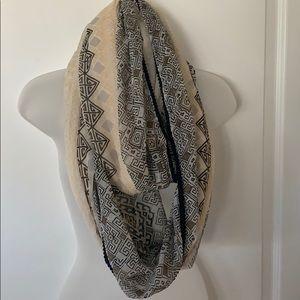 EUC infinity scarf beige and black